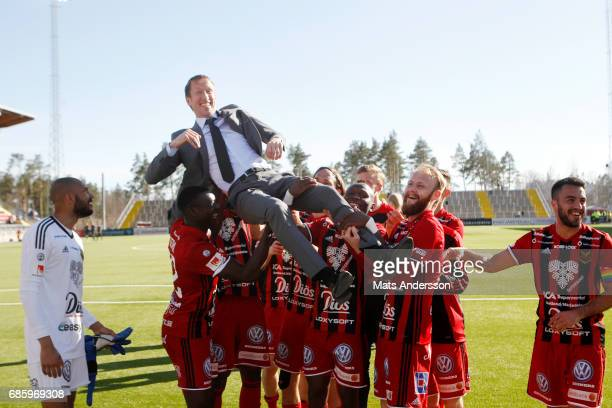 of Ostersunds FK celebrates after the victory of the Allsvenskan match between Ostersunds FK and Kalmar FF at Jamtkraft Arena on May 20 2017 in...