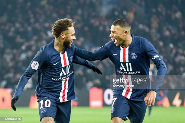 JR of PSG and Kylian MBAPPE of PSG celebrate a goal during the Ligue 1 match between Paris SaintGermain and FC Nantes at Parc des Princes on December...