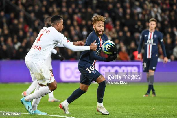 JR of PSG looks dejected during the Ligue 1 match between Paris SaintGermain and Lille OSC on November 22 2019 in Paris France