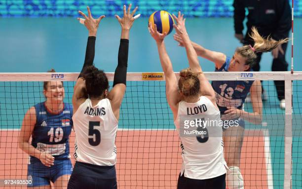 of Serbia vies Rachael Adams and Carli Lloyd of USA in action during FIVB Volleyball Nations League on 12 June 2018 in Santa Fe Argentina The US...