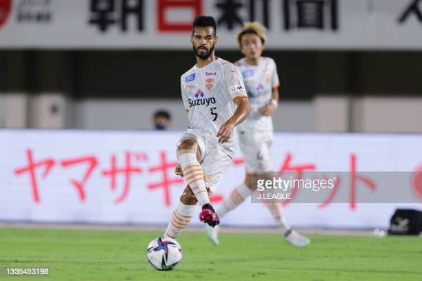 Of Shimizu S-Pulse in action during the J.League Meiji Yasuda J1 match between Shonan Bellmare and Shimizu S-Pulse at the Lemon Gas Stadium Hiratsuka...