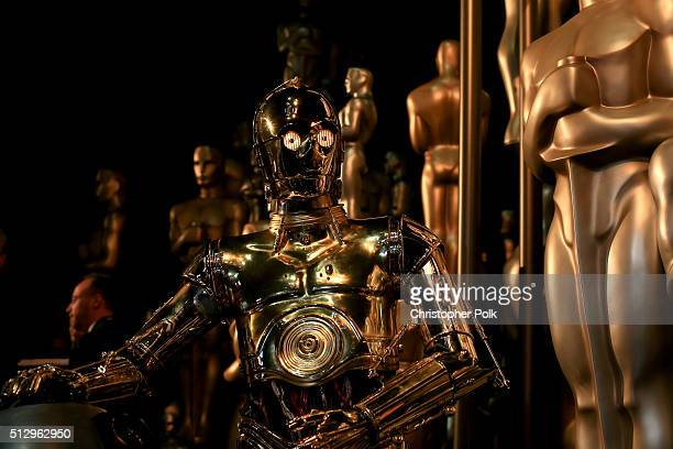 C3PO of Star Wars attends the 88th Annual Academy Awards at Dolby Theatre on February 28 2016 in Hollywood California
