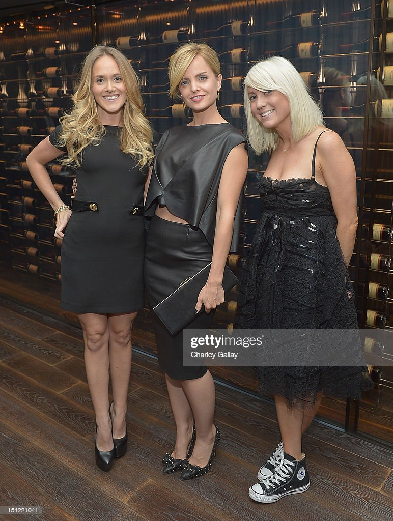 GenArt 14th Annual Fresh Faces In Fashion Intimate Dinner Hosted By Mena Suvari : News Photo