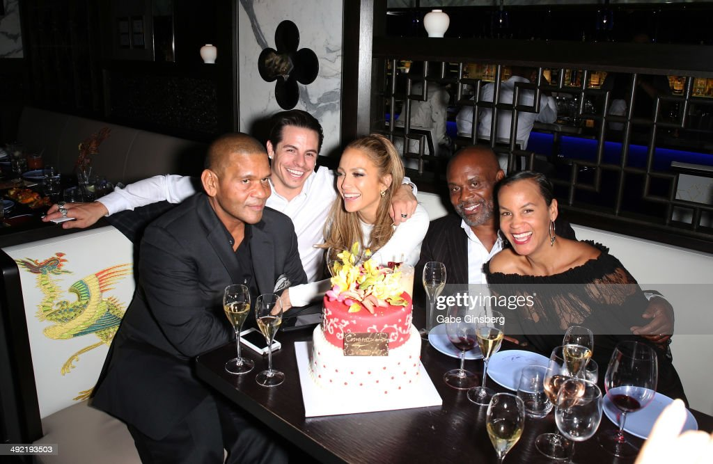 CEO of the Medina Company Benny Medina, choreographer Beau 'Casper' Smart, singer Jennifer Lopez, Chairman and CEO of Epic Records L.A. Reid and his wife Erica Reid celebrate Lopez's Icon Award at the 2014 Billboard Music Awards at Hakkasan Las Vegas Restaurant and Nightclub at the MGM Grand Hotel/Casino on May 18, 2014 in Las Vegas, Nevada.
