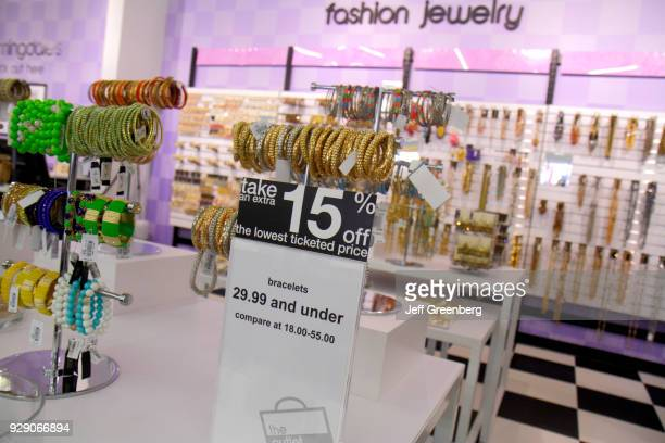 15% off fashion jewelry at Bloomingdale's The Outlet Store