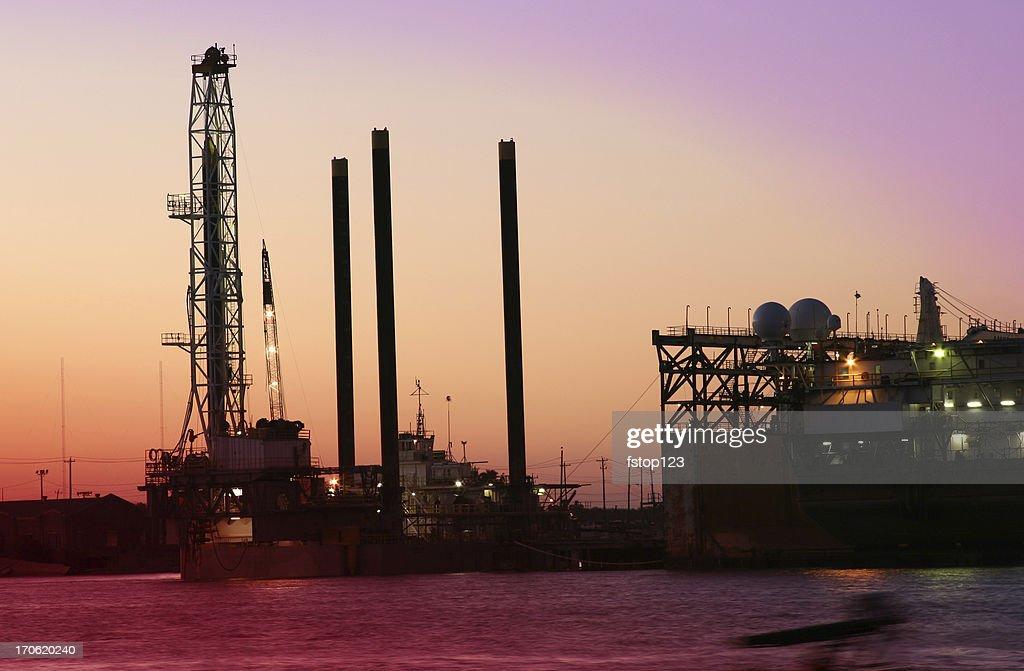 Off shore Drilling rig  dry docks for repair Galveston Texas : Stock Photo