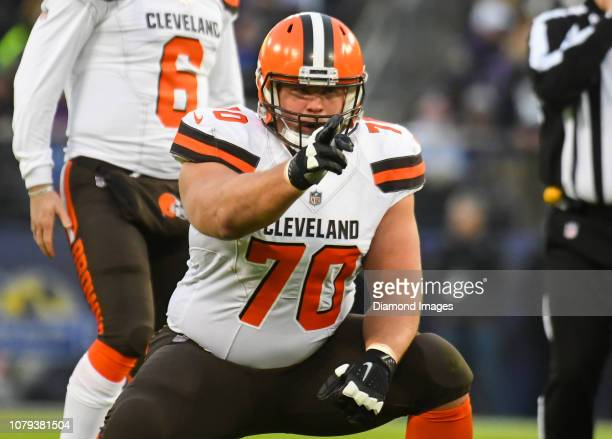Offensive guard Kevin Zeitler of the Cleveland Browns gestures toward the defense in the first quarter of a game against the Baltimore Ravens on...