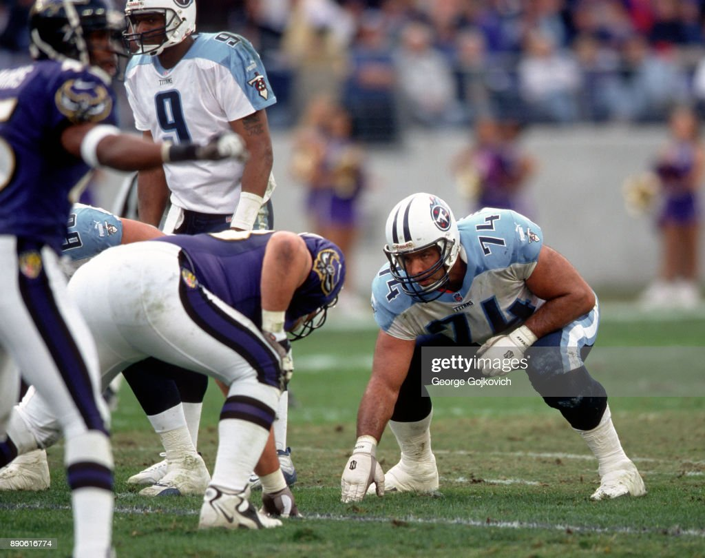 offensive-lineman-bruce-matthews-of-the-