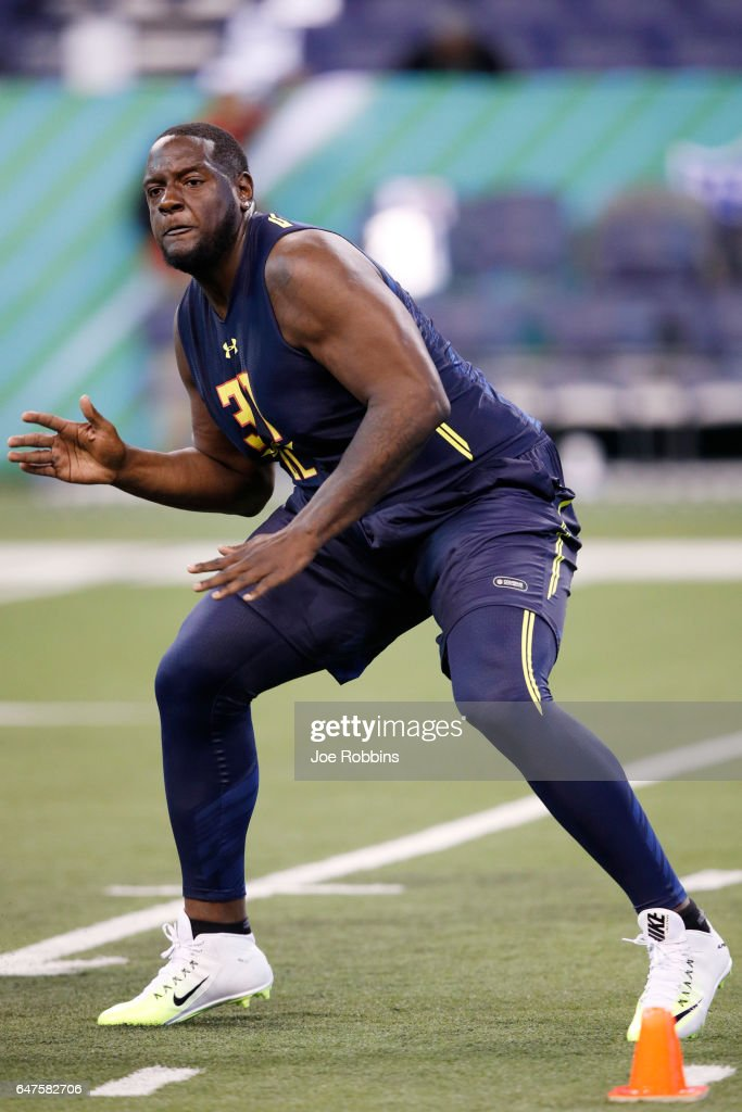 Offensive lineman Cam Robinson of Alabama runs a drill during day three of the NFL Combine at Lucas Oil Stadium on March 3, 2017 in Indianapolis, Indiana.