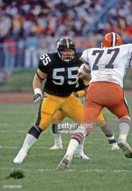 Offensive lineman Jon Kolb of the Pittsburgh Steelers blocks defensive lineman Lyle Alzado of the Cleveland Browns during a preseason game at...