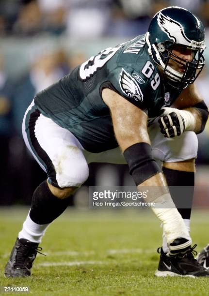 Offensive lineman Jon Runyan of the Philadelphia Eagles in action against the Green Bay Packers on October 2, 2006 at Lincoln Financial Field in...