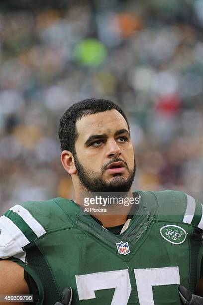 Offensive Lineman Oday Aboushi of the New York Jets follows the action against the Pittsburgh Steelers at MetLife Stadium on November 9 2014 in East...