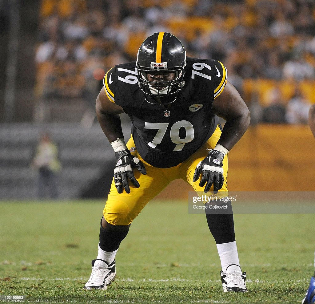 Indianapolis Colts v Pittsburgh Steelers : News Photo