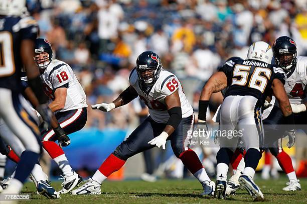Offensive tackle Chester Pitts of the Houston Texans blocks for quarterback Sage Rosenfels against the San Diego Chargers on October 28, 2007 at...