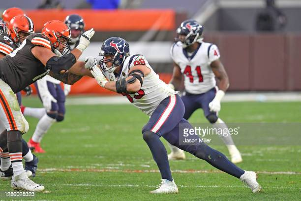 Offensive tackle Jack Conklin of the Cleveland Browns battles with defensive end J.J. Watt of the Houston Texans during the second half at...