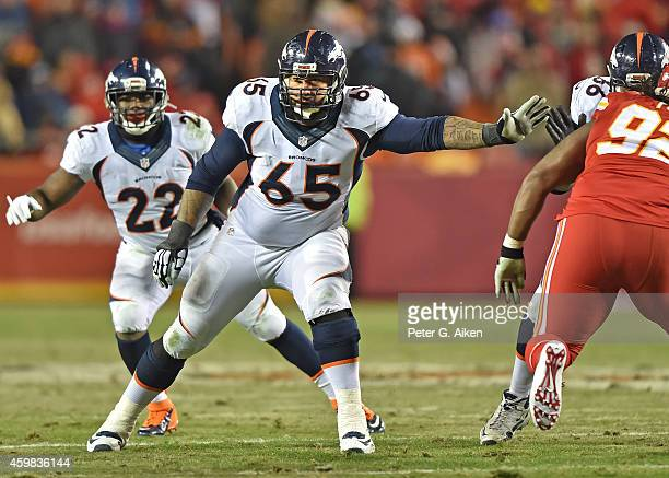 Offensive tackle Louis Vasquez of the Denver Broncos gets set on the line against the Kansas City Chiefs during the first half on November 30 2014 at...