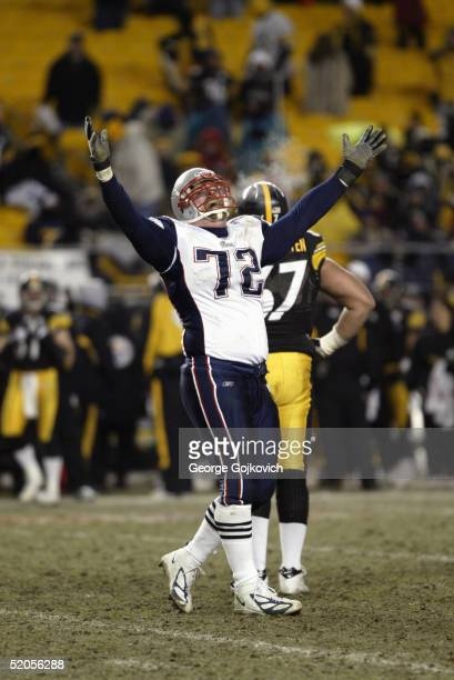Offensive tackle Matt Light of the New England Patriots gestures after the Pats scored a fourth quarter touchdown against the Pittsburgh Steelers...