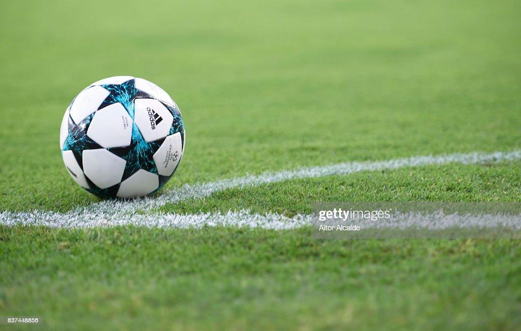 Sevilla FC v Istanbul Basaksehir F.K. - UEFA Champions League Qualifying Play-Offs Round: Second Leg : News Photo