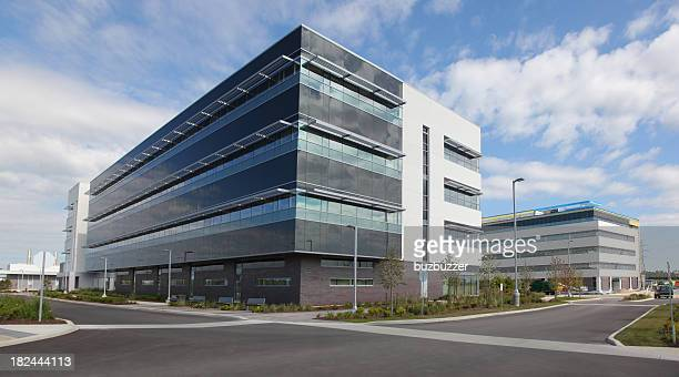 office building exteriors - buildings stock pictures, royalty-free photos & images