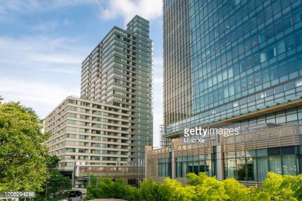 office building facade - liyao xie stock-fotos und bilder