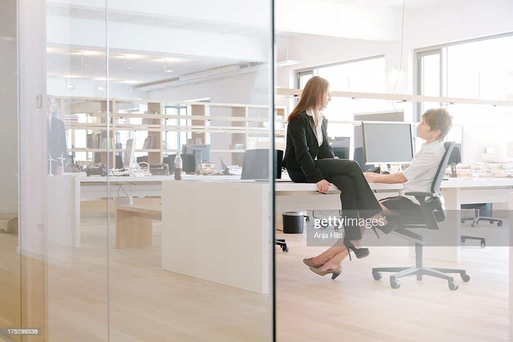 Office conversation : Stock Photo