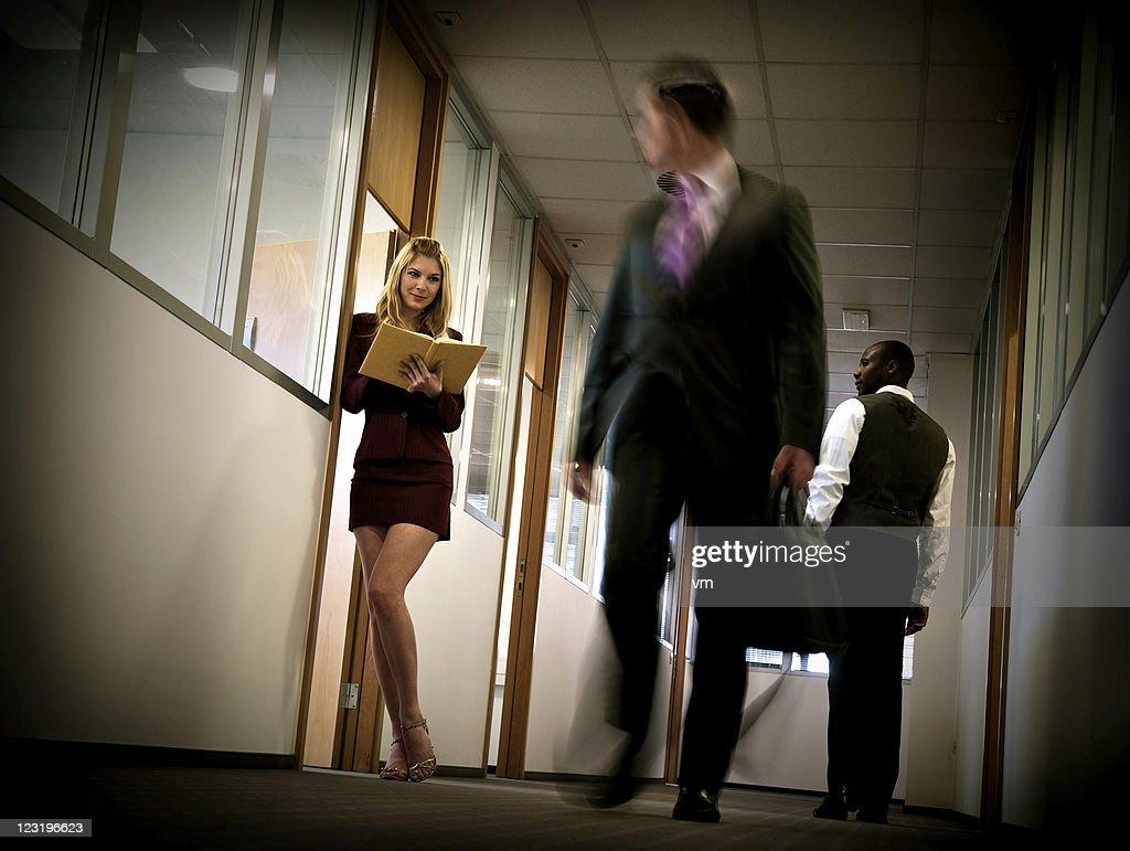 Büro flirten