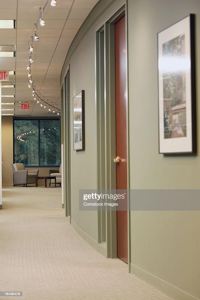 Office hallway : Stockfoto