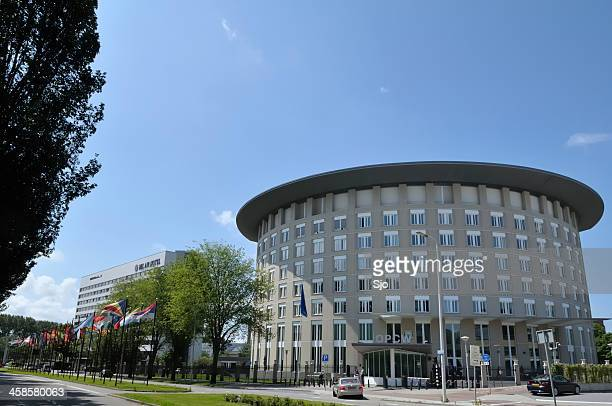 "opcw office - ""sjoerd van der wal"" or ""sjo"" stock pictures, royalty-free photos & images"