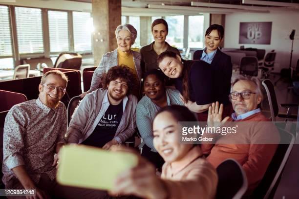 office selfie - 多様性  ストックフォトと画像