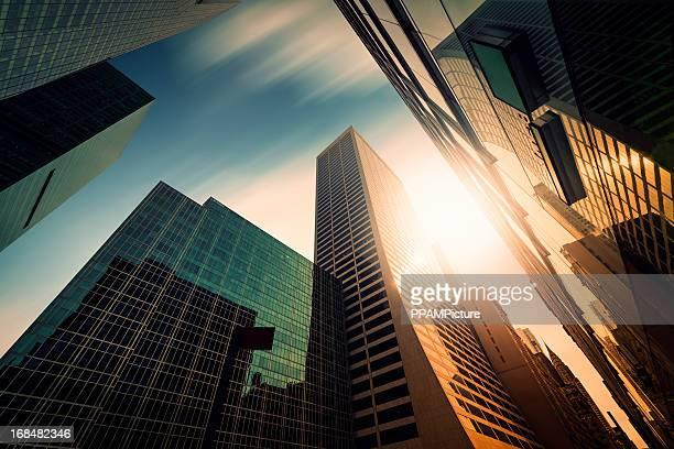 Büro skysraper in der Sonne
