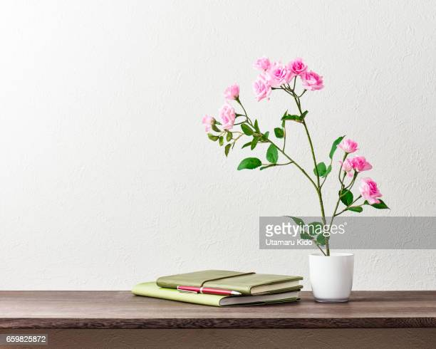 office supplies and flower. - 文房具 bildbanksfoton och bilder
