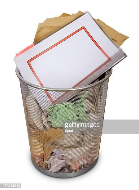 Oficina de Gestión de los residuos de ubicación: En blanco