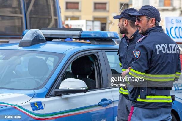 officers of the polizia stradale in florence - florence italy foto e immagini stock