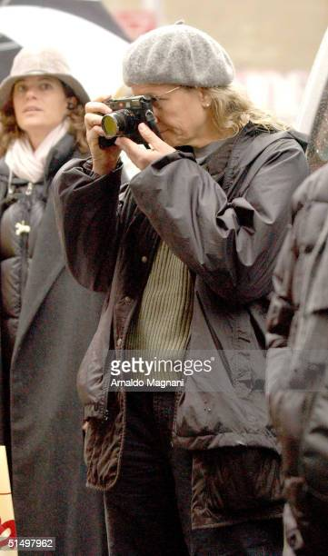 Official set photographer Annie Leibovitz at the filming of a commercial for American Express in SoHo October 19 2004 in New York City