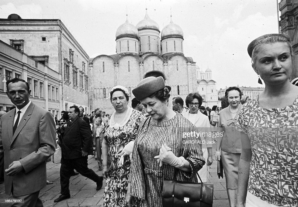 official travel of general charles de gaulle to ussr urss moscou news photo getty images. Black Bedroom Furniture Sets. Home Design Ideas