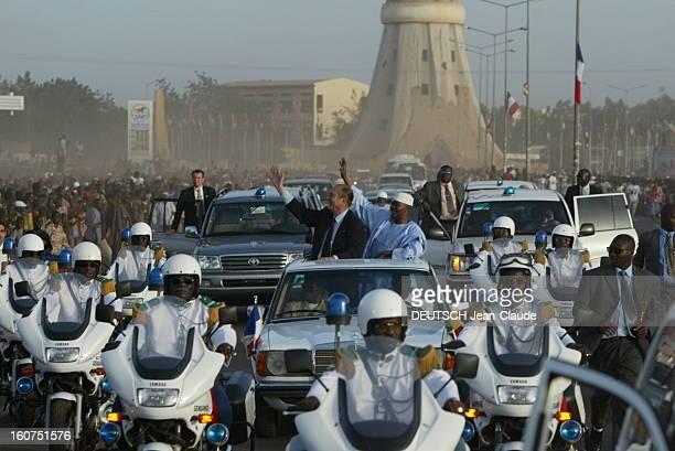 Official Visit Of Jacques Chirac In Mali Bamako Mali 24 octobre 2003 Visite de quatre jours du président Chirac au Mali et au Niger pour soutenir le...