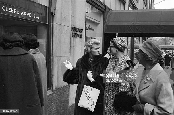 Official Visit Of Monaco Rainier And Grace To New York EtatsUnis NewYork novembre 1958 le prince Rainier III et son épouse Grâce de MONACO sont en...