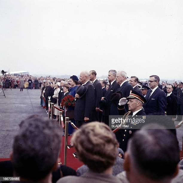 Official Visit Of Queen Elizabeth Ii Of The United Kingdom To United States In New York Aux EtatsUnis à New York en 1957 lors d'une visite officielle...