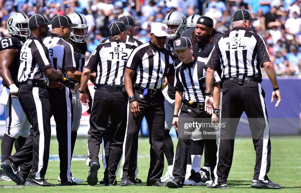 Oakland Raiders v Tennessee Titans : News Photo