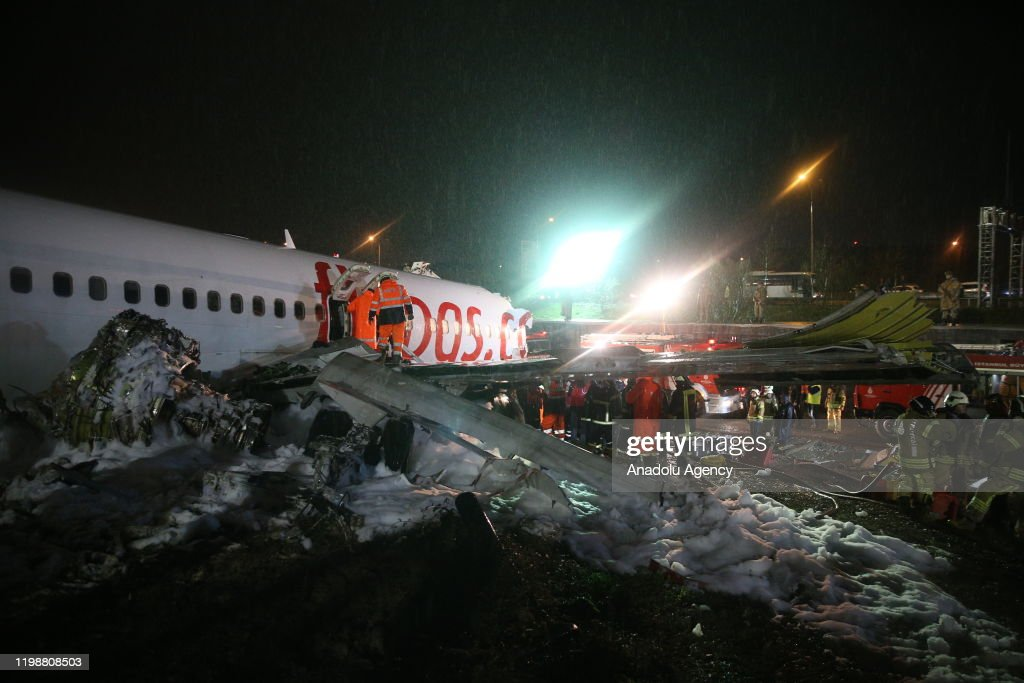 Turkey: Plane skids off runway in airport in Istanbul : News Photo