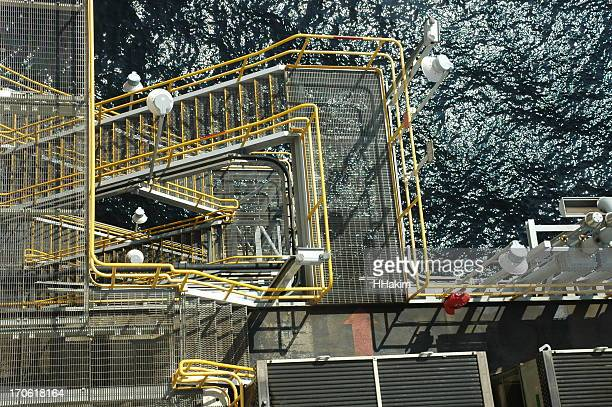 Offshore drilling rig - walking deck
