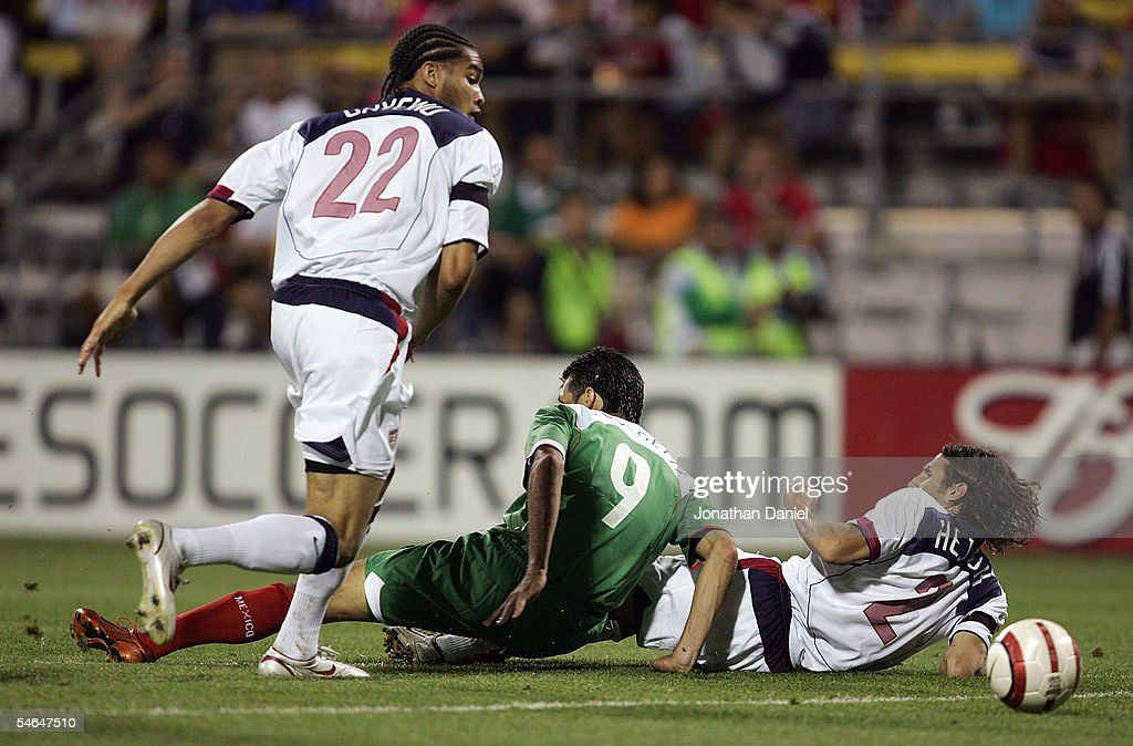 WCQ: USA v MEX : News Photo