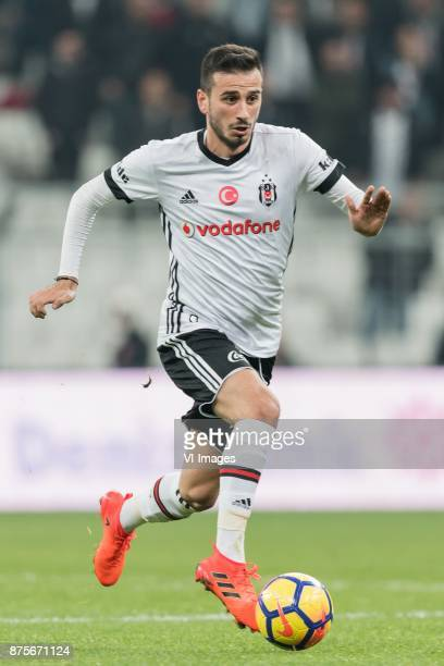 Oguzhan Ozyakup of Besiktas JK during the Turkish Spor Toto Super Lig football match between Besiktas JK and Teleset Mobilya Akhisarspor on November...