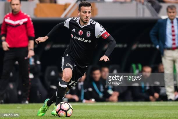 Oguzhan Ozyakup of Besiktas JK esiktas JKduring the Turkish Spor Toto Super Lig football match between Besiktas JK and Kasimpasa AS on May 20 2017 at...