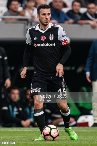 Oguzhan Ozyakup of Besiktas JKduring the Turkish Spor Toto Super Lig football match between Besiktas JK and Kasimpasa AS on May 20 2017 at the...