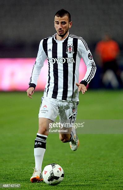 Oguzhan Ozyakup of SK Besiktas JK in action during the Turkish Super League match between Besiktas and Fenerbahce at the Ataturk Olympic Stadium on...