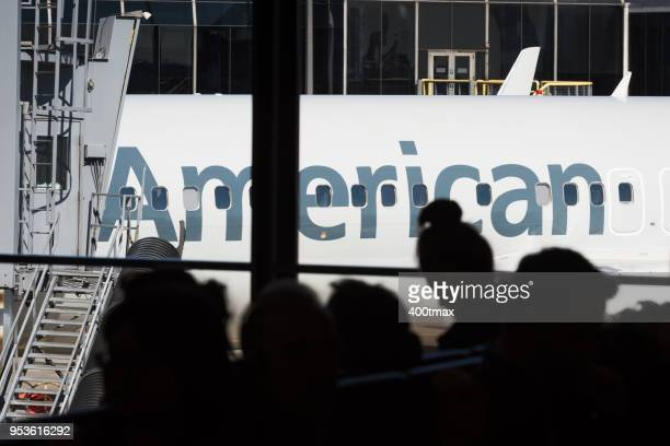 ohare - american airlines stock pictures, royalty-free photos & images