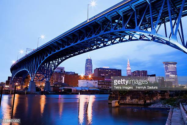 usa, ohio, cleveland, bridge over river cuyahoga - cleveland ohio stock photos and pictures