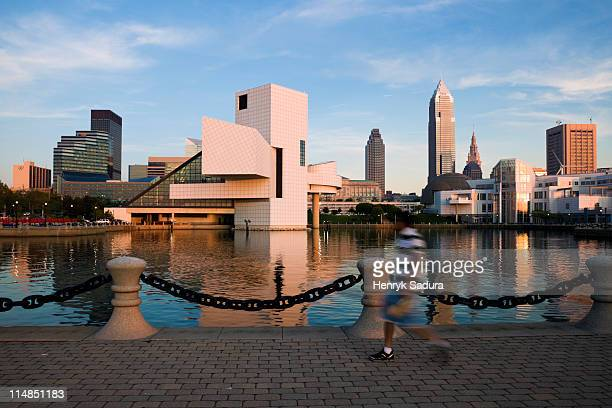 usa, ohio, cleveland skyline - cleveland ohio stock photos and pictures