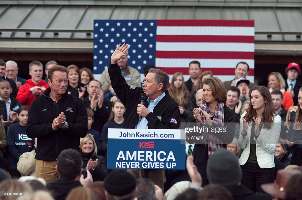 Presidential Candidate Gov. John Kasich Is Joined By Arnold Schwarzenegger At Rally In Columbus : News Photo
